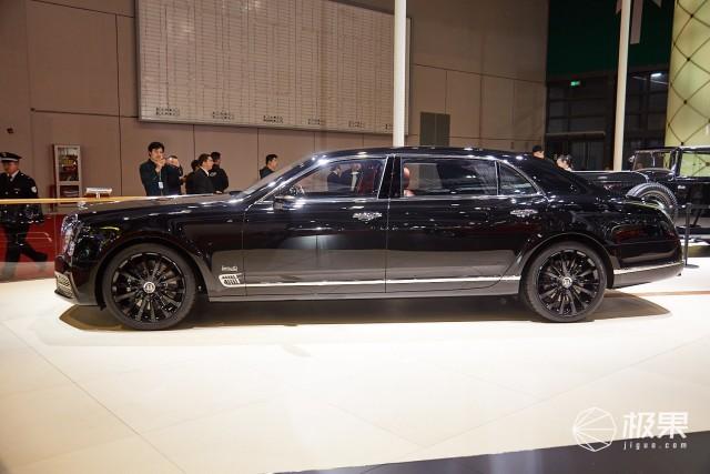 上海车展|宾利展台图赏:慕尚、老爷车、欧陆GT,这才叫豪华