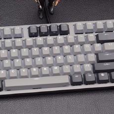 少见的二色背光键帽,杜伽K320深空灰白光限定版键盘开箱