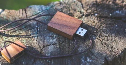 USB 4来了!雷电技术换皮重生,显卡坞价格要崩!
