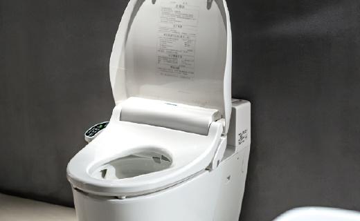 松下智能马桶坐便盖:用材讲究可抑制细菌生成,健康洁净每一天