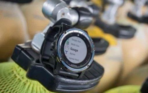 佳明首款潜水腕表发布,精准监测水下信息!