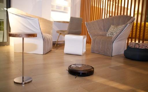 科沃斯新款扫地机器人,前扫后拖,清洁更彻底