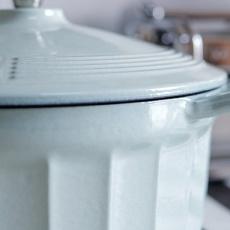 直男因何爱上做饭?省心、好用、易清洗,这款锅让你爱上烹饪!