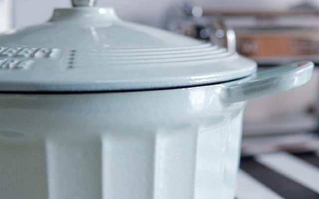 直男因何愛上做飯?省心、好用、易清洗,這款鍋讓你愛上烹飪!