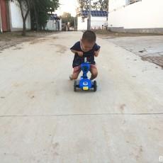 酷騎V3滑板車,家里小寶的新搭檔