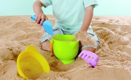 Hape沙滩冒险玩具:小型沙滩搬回家,孩?#24433;?#29609;不厌