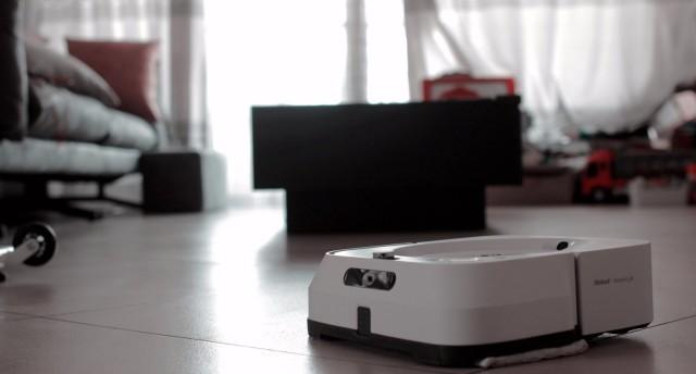 擦地板這個事情交給專業的設備去做,iRobot 擦地機
