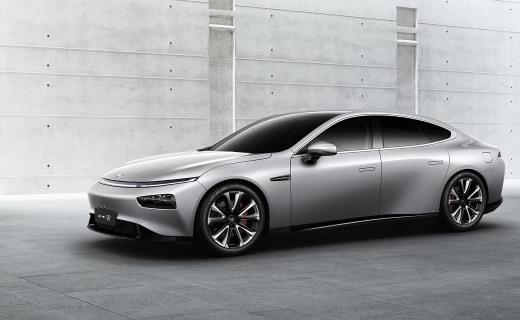 叫板特斯拉Model 3!小鵬發布新款電動轎跑P7,續航706公里售價22.99萬起