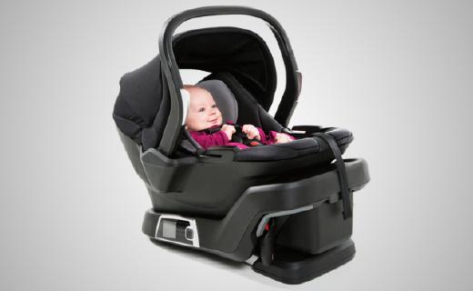 可以自動安裝的安全座椅,寶寶安全媽媽放心~