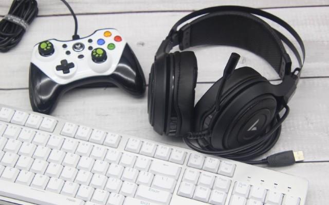 听音辨位,畅玩游戏   雷柏VH520虚拟7.1声道RGB游戏