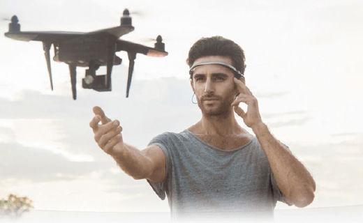 UMind意念機體驗:戴在頭上能意念操控的黑科技