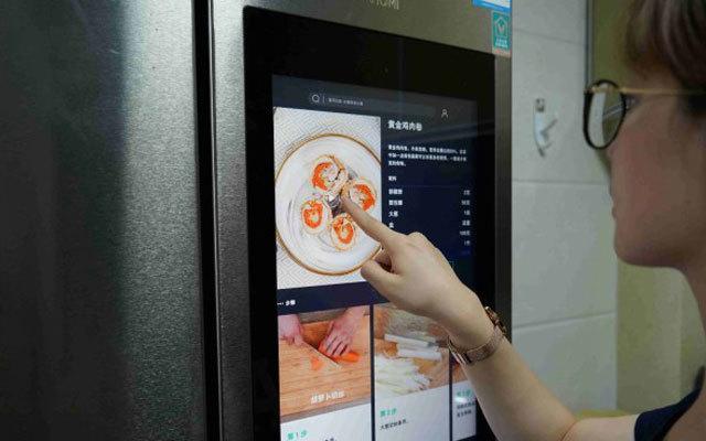 自帶21吋屏的冰箱,讓老婆邊做飯也能邊追劇,云米冰箱體驗