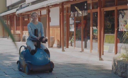 島國機器人輪椅,用手機控制造型超萌