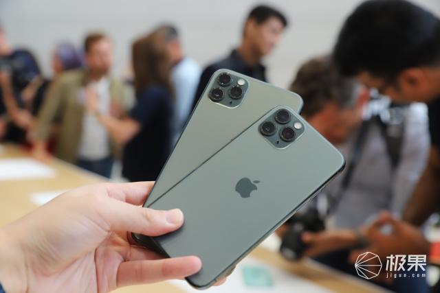 iPhone11Pro上手体验:全新韭菜绿配色,后置1200万三摄,迄今最强!