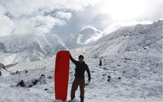 高海拔实测自充气睡垫,强力防潮寒夜照样睡的安稳