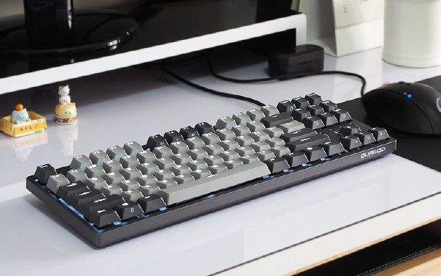 弹?#38050;?#38388;·尽显绅士优雅 | 杜伽K320深空灰白光限定键盘