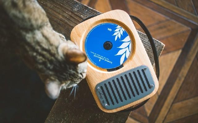 這是一臺召喚情懷的時光機|巫之單曲人生CD播放機體驗