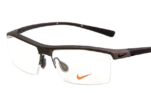 耐克運動眼鏡:高透氣鏡片技術,彈簧鏡腿佩戴舒適