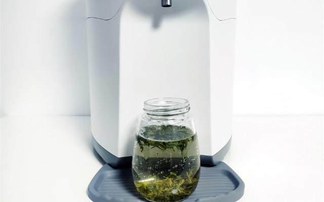 倍綠亞凈水器,凈化加熱二合一,讓家庭飲用水更安全
