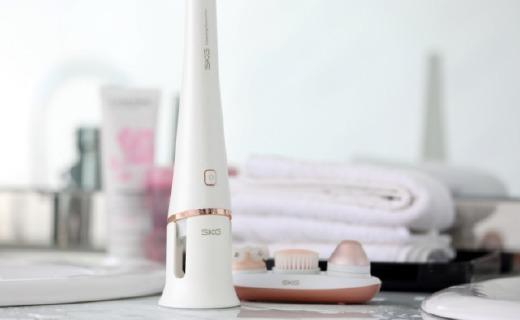 敏感肌也能用!SKG推出新款洁面仪,触感温和却有深层清洁力
