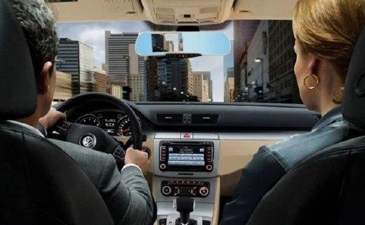 凌度HS850B车载后视镜:独立GPS无信号干扰,可连WIFI查看路况
