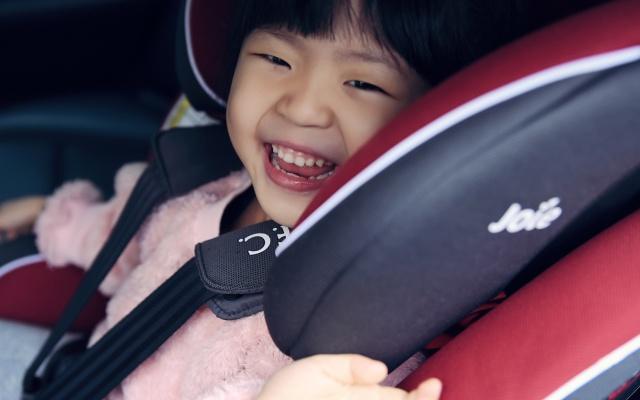 明星御用摄影师眼里的Joie儿童安全座椅
