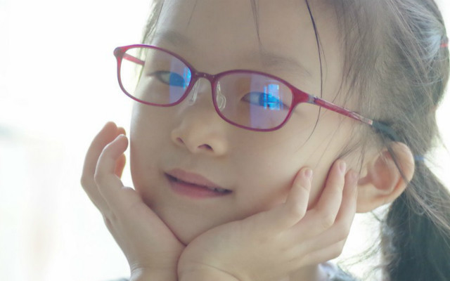 小米TS儿童防蓝光护目镜测评:阻挡50%蓝光,护眼从孩子抓起