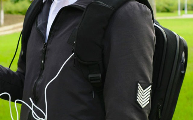 Elecom宜麗客背包:人體工學設計,我的游戲本可以帶出門了