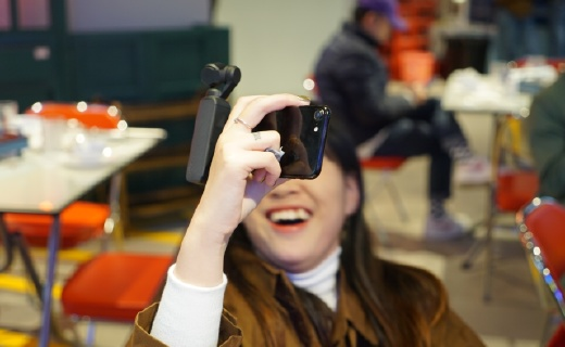"""""""机""""不可貌相,能装在你口袋里的Vlog神器,全身都是黑科技!"""