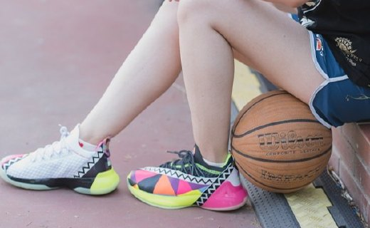美腿小姐姐实战上脚!帕克同款国产篮球鞋:被吹爆的黑科技,背后实属一般......