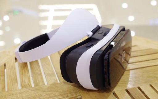 海量資源,超強沉浸感,VR眼鏡入門之選 — 愛奇藝小閱悅PRO VR眼鏡體驗