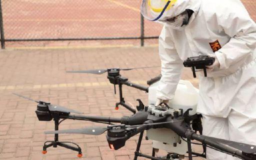 """會飛的""""病毒殺手""""!大爺大媽看見它就跑,農用機械竟成最硬核防疫裝備......"""