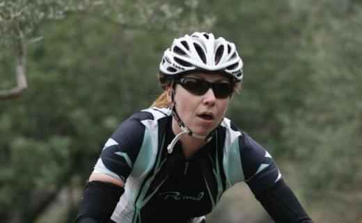 Kask Mojito骑行头盔:一体成型26通风孔,可懂调节贴合头部脸型