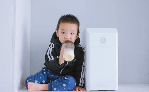 给个老公都不换育儿神器 | 牛村·智慧云冲奶机评测