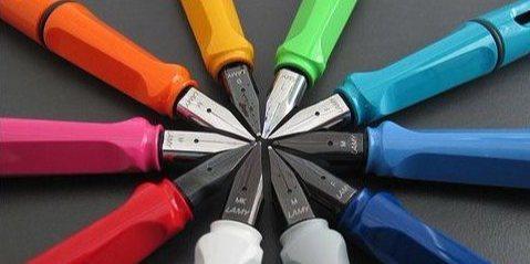 凌美safari钢笔 :塑料笔身久写不累,德国工艺笔触顺畅