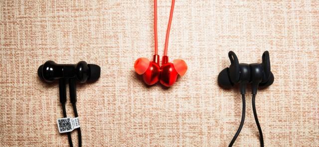 耳機不降噪、火鍋沒底料 小米、Oppo、魅族藍牙降噪耳機評測對比