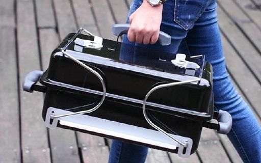 烧烤世家韦伯便携烧烤炉:搪瓷材质耐高温,光滑表面易清洁