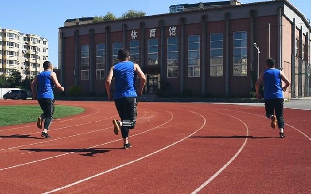 戶外徒步的利器!防滑性能超棒,能讓你一秒提升靈活性的五指鞋!