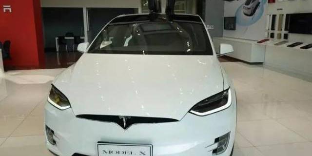 特斯拉Model X体验,试驾后我决定先买辆小的