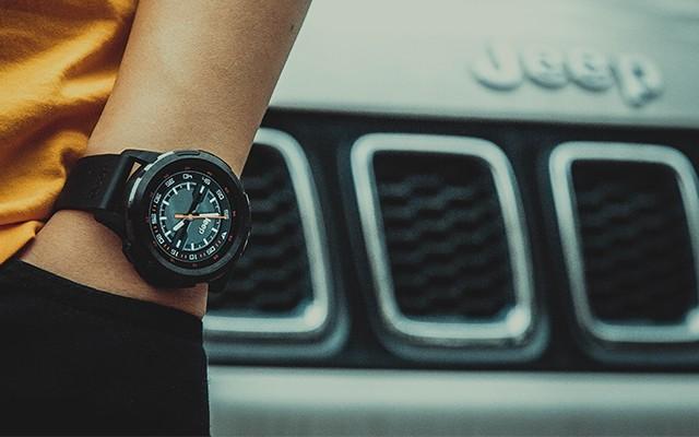 除了時間,我還能掌控更多:Jeep智能全境界腕表評測