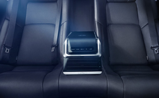 快速除霾的车载净化器,还不影响司机驾驶