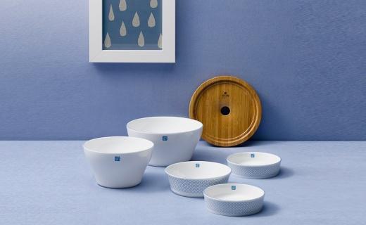 VACIMI餐具套装:骨质陶瓷轻盈坚固,可叠加放置美观省空间