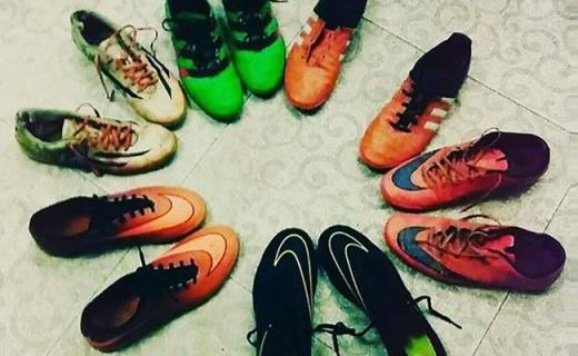 耐克Bravatax足球鞋:準確觸球抓地強勁,踢球輕便又耀眼