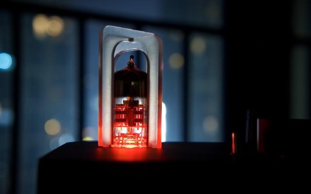 暖暖內含光|AUNE T1S膽管解碼/耳放一體機評測