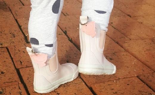 韩版爸爸回来了御用品牌,Penny Scallan雨靴都能萌化你