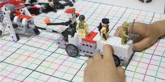培养动手能力更能训练孩子编程思维 — 米兔 智能积木体验 | 视频