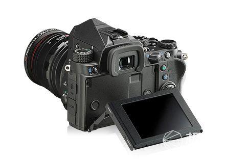 「新东西」见所未见,理光推出红外版宾得KPIR相机