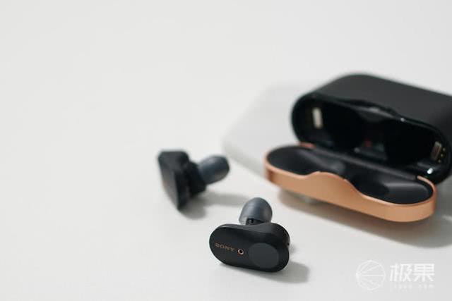 「新东西」索尼真无线降噪耳机WF-1000XM3:充电盒略大,性能令人满意