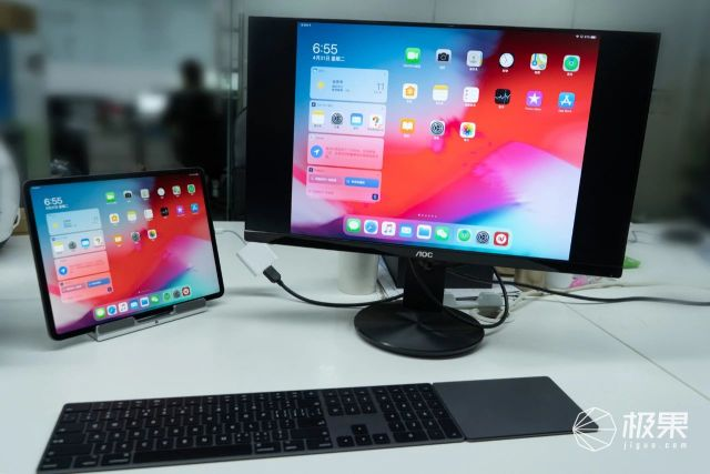 苹果的下一个十年!iPad秒变笔记本全靠它,有深度有分量......