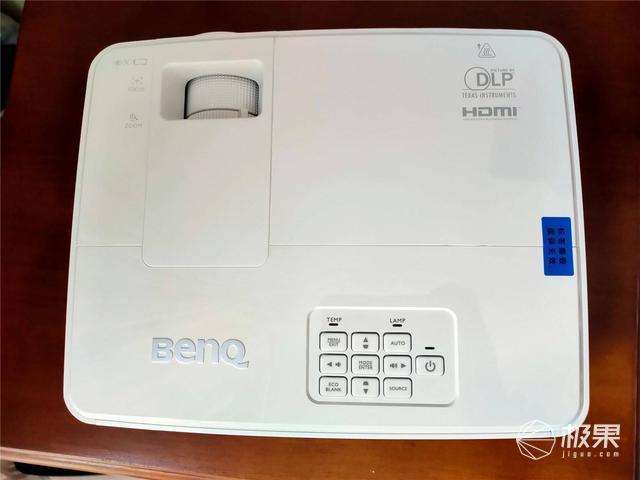 无忧办公BenQE500智能商务投影仪